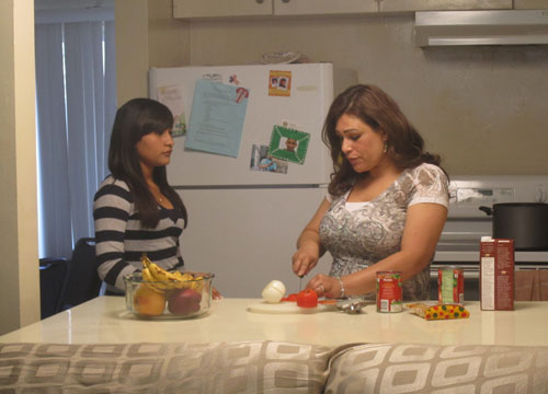 Quiero Mis Quinces | Season 6: Azlyn - Going over party plans with my Mom.