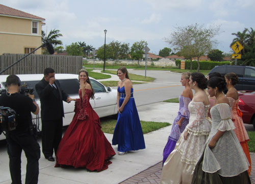 Quiero Mis Quinces | Season 6: Jennifer - Going to the venue.