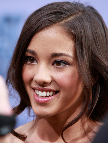 Latinos Clandestinos: TV and Film - Seychelle Gabriel, who portrayed Princess Yue in 