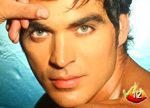 The Sexiest Men on TV - #12: Steamy telenovela star Tiberio Cruz