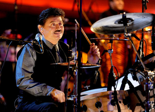 Los Tigres del Norte - Oscar Lara keeps the drums tapping