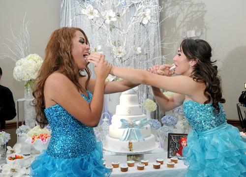 Quiero Mis Quinces | Season 7: Brigitte and Brishell - Eating our cake.