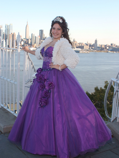 Quiero Mis Quinces | Season 7: Joselin - Feeling fabulous in my photo shoot.