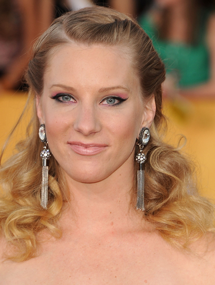 Stars Who Are Younger Than They Look. - Heather Morris is 25.