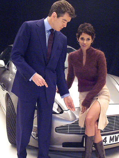 Bond Girls - Halle Berry played Giacinta Jinx Johnson in Die Another Day.