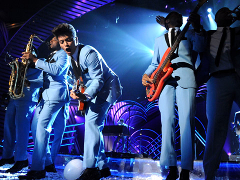 EMA 2011: Best Moments - Bruno Mars performs onstage during the MTV Europe Music Awards 2011 live show at the Odyssey Arena on November 6, 2011 in Belfast, Northern Ireland.