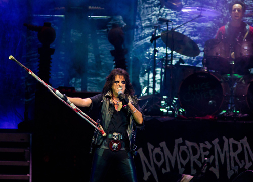 Faces and Places - 11.20.2011 Alice Cooper in concert. (Moscow, Russia)