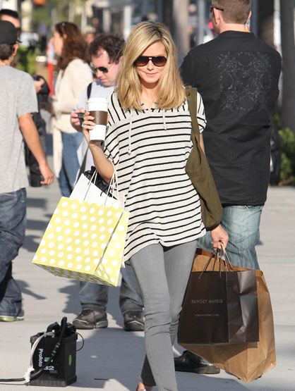 Faces and Places - 11.17.2011 Heidi Klum out and about on Rodeo Drive.