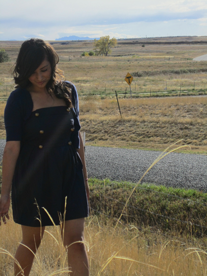 Quiero Mis Quinces | Season 7: Valeria - Walking around the ranch.