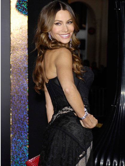 Faces and Places - 12.05.2011 Sophia Vergara during the premiere of the new movie from Warner Bros. Pictures NEW YEAR'S EVE, held at Grauman's Chinese Theatre.