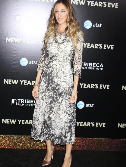 Faces and Places - 12.07.2011 Sarah Jessica Parker at the Tribeca Film Institute Annual Benefit Gala Screening of New Year's Eve at the Ziegfeld Theatre in NYC.