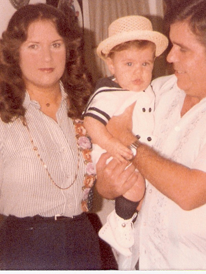 La Escalera: Perez Hilton - Baby Perez with mom and dad.