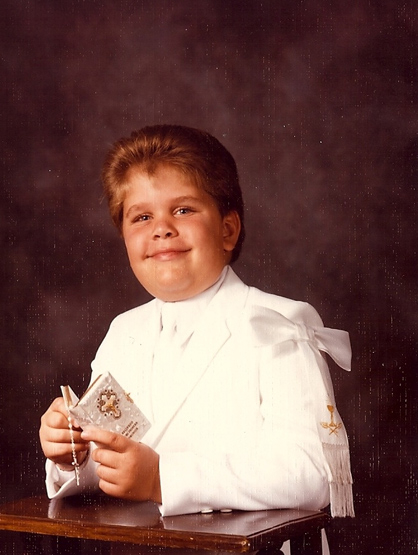 La Escalera: Perez Hilton - Perez's first communion.