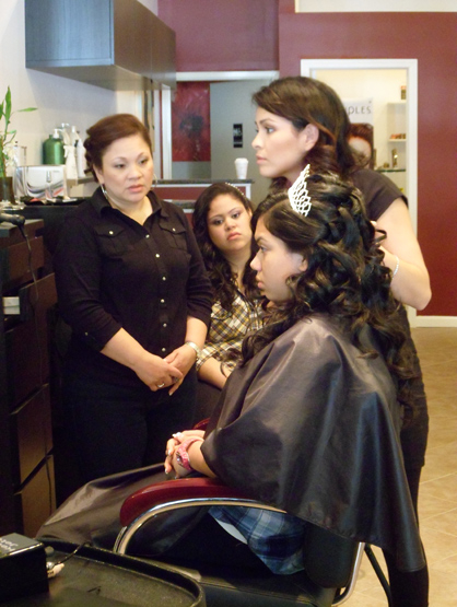 Quiero Mis Quinces | Season 7: Stephanie - Getting ready.