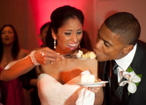 Quiero Mi Boda Season 4: Marilyn and Wilkin - Eating our cake.