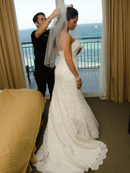 Quiero Mi Boda Season 4: Marilyn and Wilkin - Getting ready.