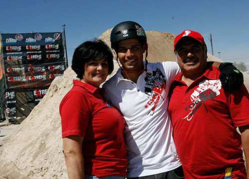 Ricardo Laguna: Family Album - Marisela, Richie and Ricardo Sr. at Extreme Thing in Las Vegas, 2008.