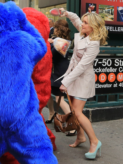 Faces and Places - 04.09.2012 Tina Fey and Jane Krakowski on the set of 