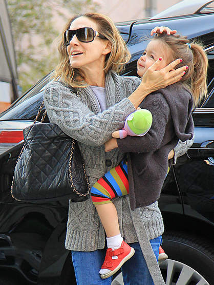 Faces and Places - 04.10.2012 Sarah Jessica Parker and her twins, Tabitha and Marion, out and about.
