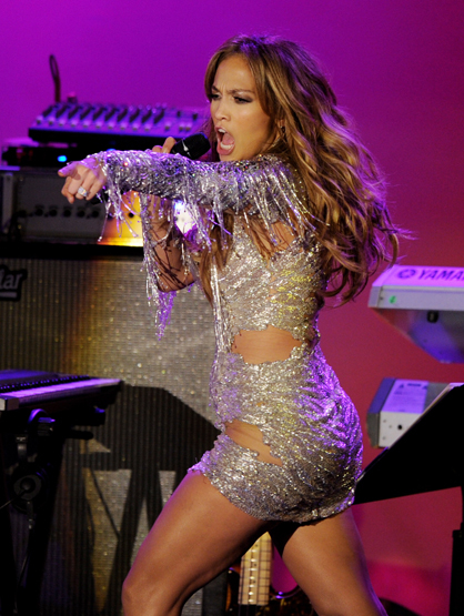 Star Style On Tour - JLo shines in this glammed out costume! Great intensity all around!