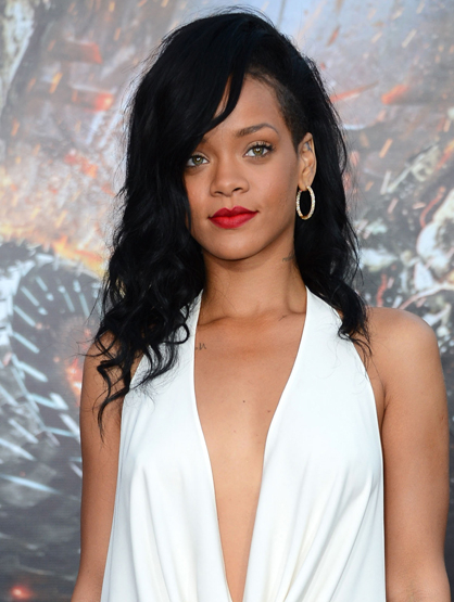 2012 Billboard Music Awards Winners - Rihanna: Top Streaming Artist