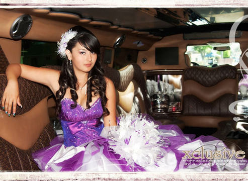 Quiero Mis Quinces | Season 5 | Jackelyns Eclectic Quinces - In The Limo