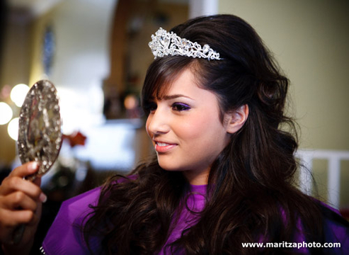 Quiero Mis Quinces | Season 5 | Jazmine's Pre-Party Photos - Hair & Make-Up Ready